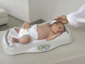 kojenecká váha Kern MBE